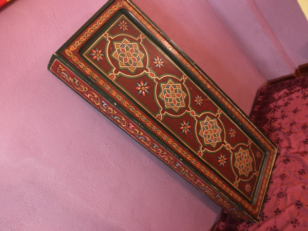 Armario de madera pintado artesanalmente.. Ref. ABC