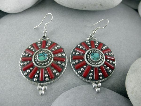Pendientes etnicos artesanales tibetanos.. Ref. DAH