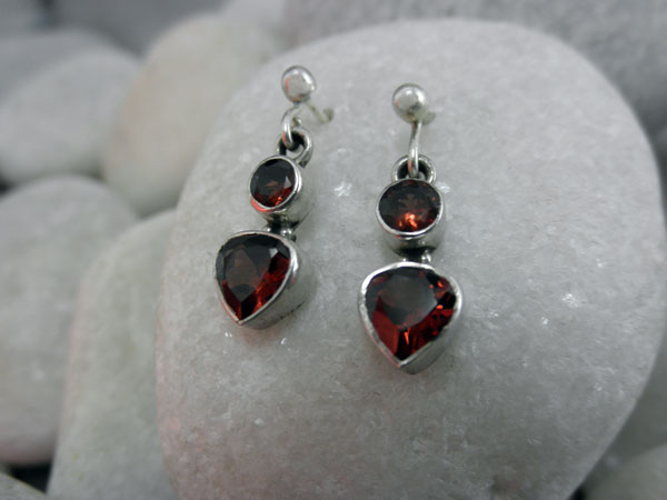 Sterling silver and Peridot gemstones earings.. Foto 1