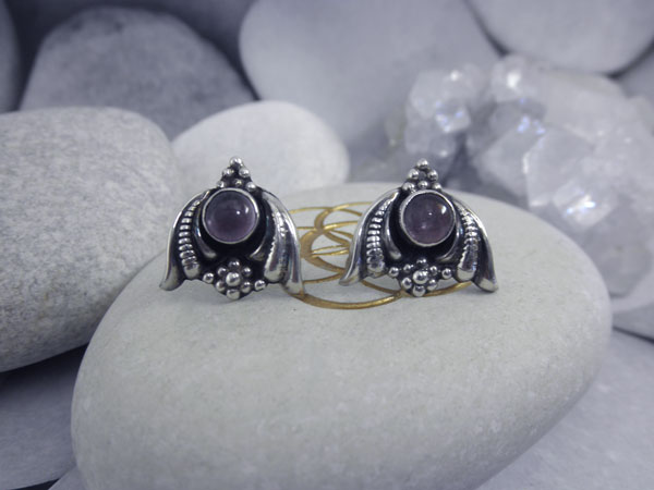 Artisanal Sterling silver and Amethyst earrings.. Foto 1