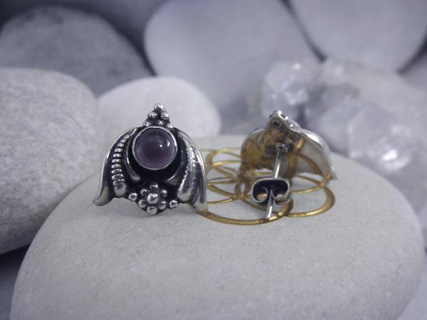 Artisanal Sterling silver and Amethyst earrings.. Foto 2