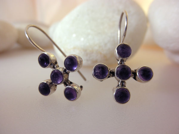 Ethnic Sterling silver and Amethyst earrings.. Foto 1
