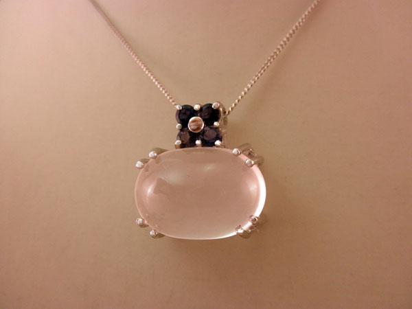 Sterling silver, Quartz ans Sapphires pendant.. Foto 1