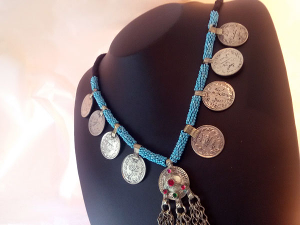 Ethnic necklace from Herat, Afghanistan.. Foto 2