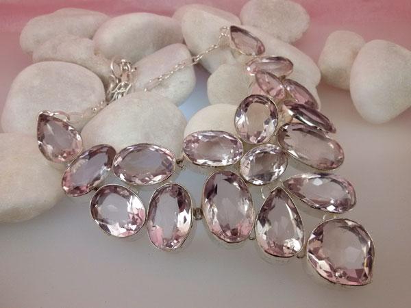 Collar de plata y gemas facetadas de Topacio Rosa.. Ref. EMG
