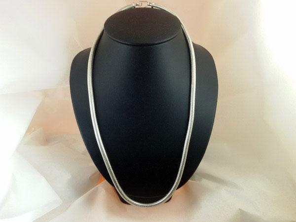 Sterling silver artisanal chain.. Foto 1