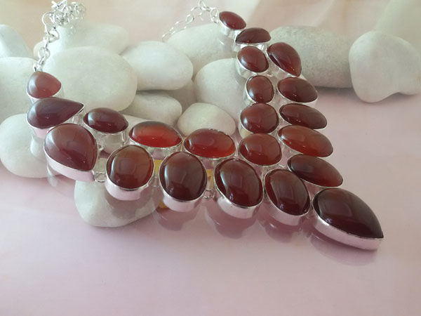 Collar artesanal de plata y gemas de Agata Cornalina.. Foto 2