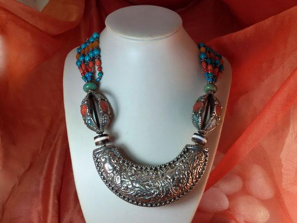 Tibetan ethnic necklace.. Foto 3