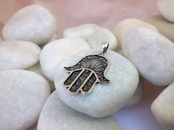 Hand of Fatima Sterling silver pendant.. Foto 1