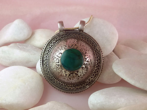 Turquoise and Sterling silver pendant.. Foto 1