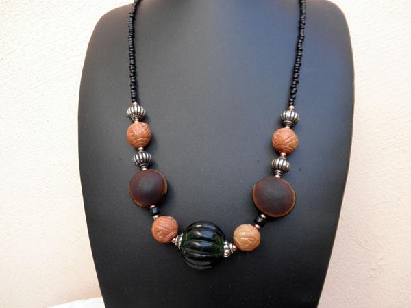 Collar etnico artesanal Africano. Ref. JHV