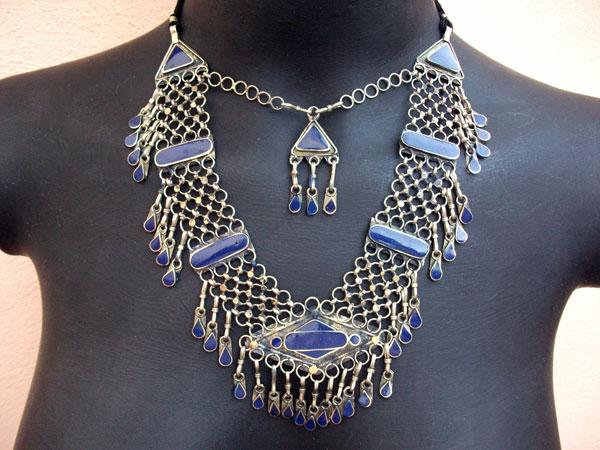 Collar etnico artesanal procedente de Afghanistan. Ref. JKN