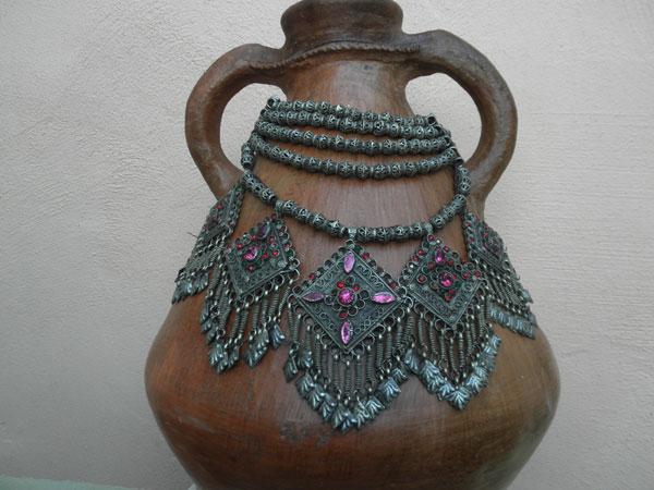 Collar etnico artesanal procedente de Afghanistan.. Ref. JKR