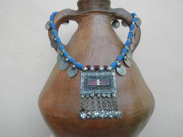Collar etnico artesanal procedente de Afghanistan.. Ref. JKT