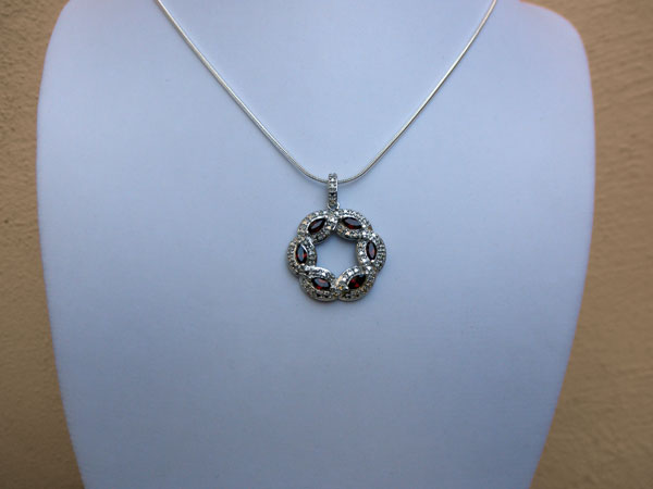 Handmade silver pendant. Foto 2