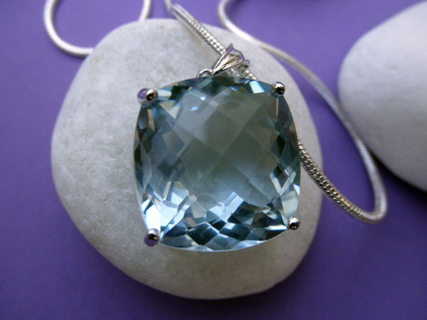 Sterling silver and Aquamarine pendant. Foto 2