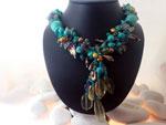 Collar artesanal de Turquesas, Cuarzos y Perlas,. Ref. JMY