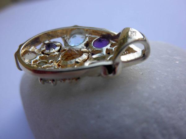 Handmade jewelry pendant.. Foto 3