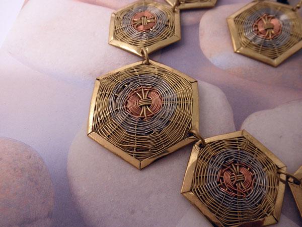 Conjunto collar y pendientes etnicos artesanales.. Foto 3