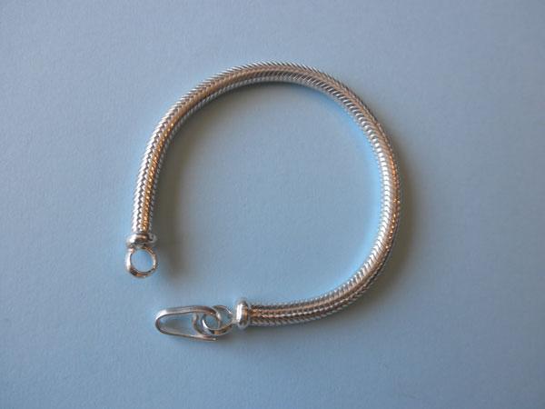 Sterling silver bracelet. Foto 1
