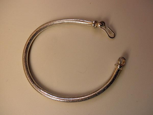 Sterling silver bracelet. - 56 eur. - Jewellery Sterling