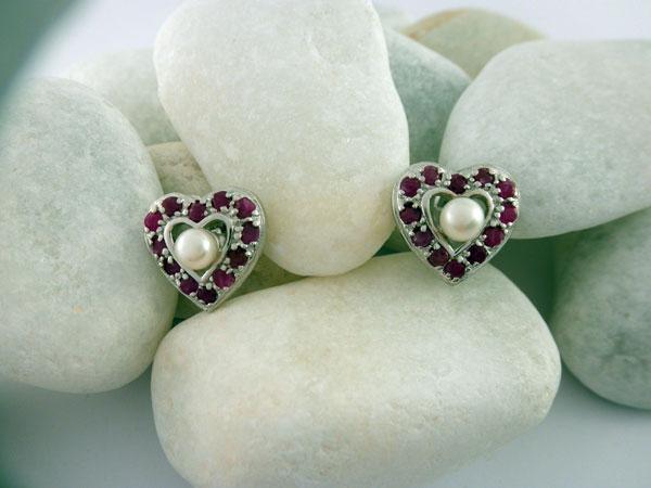 Pendientes artesanales de plata, rubis y perlas. Ref. JTF