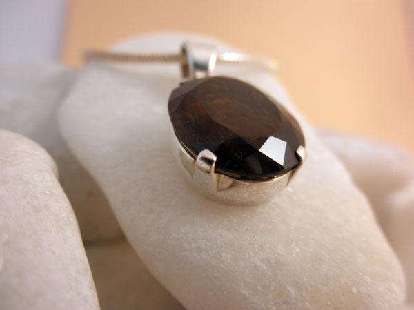 Sterling silver and Smoky Quartz pendant.. Foto 3