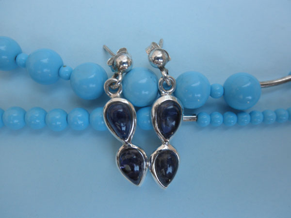 Silver and Iolite earrings. Foto 1