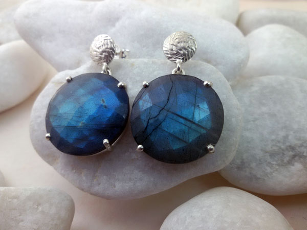 Madagascar Labradorite and Sterling silver earrings.. Foto 1