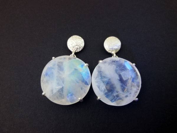 Sri Lanka Moonstone gemstones and Sterling silver earings.. Foto 1