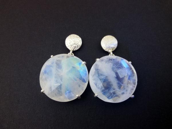 Sri Lanka Moonstone gemstones and Sterling silver earings.. Foto 1