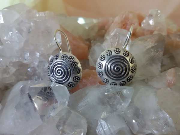 Ethnic Sterling silver earrings.. Ref. MFY