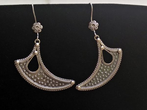 Pendientes etnicos artesanales de plata tradicionales de Rajhastan.. Ref. MIG
