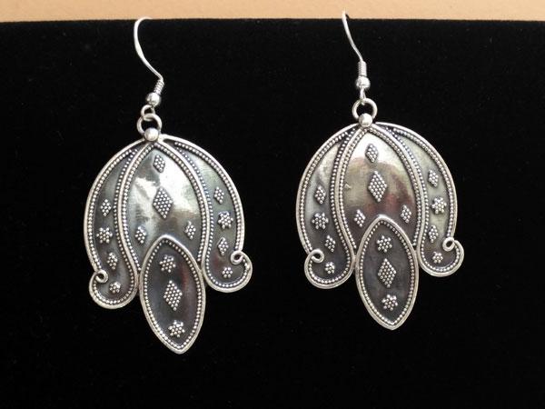 Pendientes etnicos artesanes de plata.. Foto 1