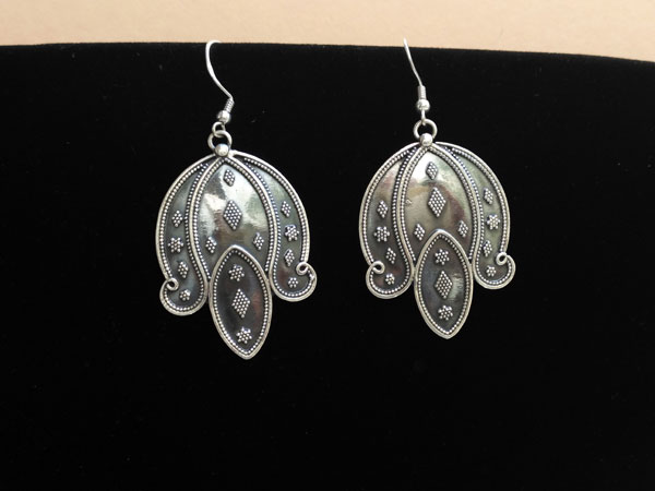 Pendientes etnicos artesanes de plata.. Foto 2