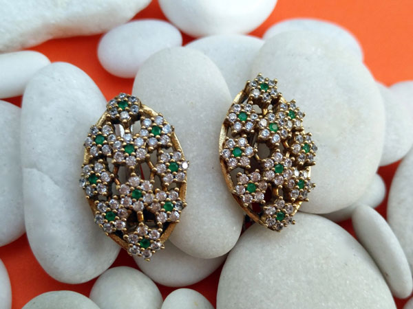 Ethnic silver, topaz and emerald earrings.. Ref. MJA