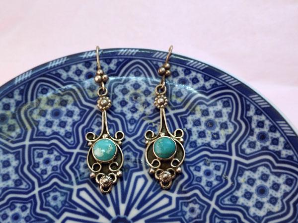 Pendientes etnicos de plata y turquesas.. Foto 3