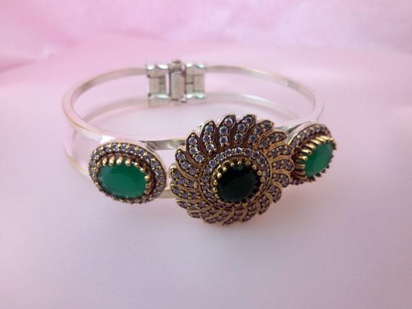Gorgeous Sterlenig silver, Jade and Zirconites bracelet.. Foto 3