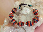 Ethnic Tibetan bracelet made in Coral and Lapis lazuli. Ref. NDG