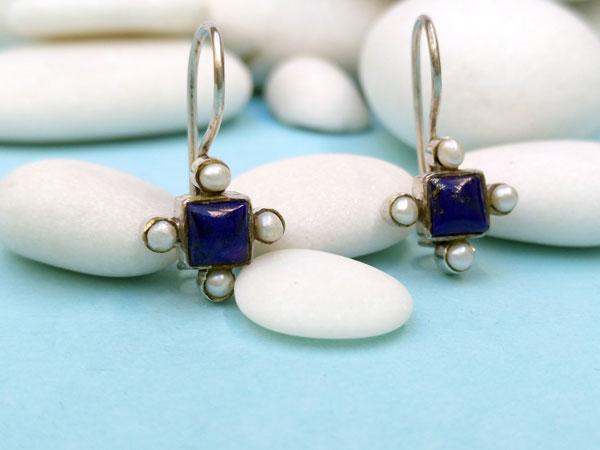 Antiguos pendientes etnicos de plata de ley con perlas y lapis lazuli.. Foto 1