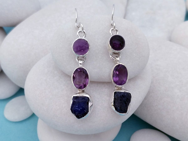 Ethnic earrings made of Sterling silver and Amethyst.. Foto 2