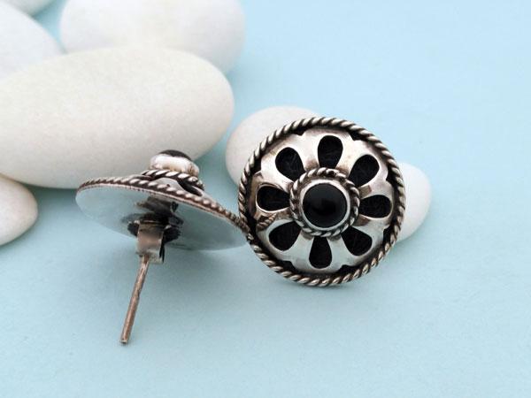 Pendientes artesanales de plata y gemas de agata negra, Onix.. Foto 3