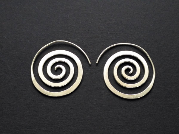 Traditional ethnic Sterling silver earrings.. Ref. NFJ