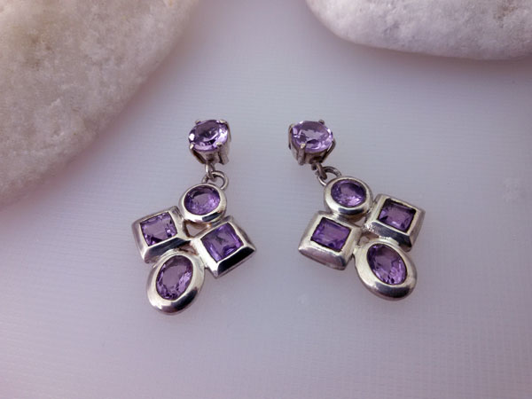 Amethyst and Sterling silver earrings.. Foto 1