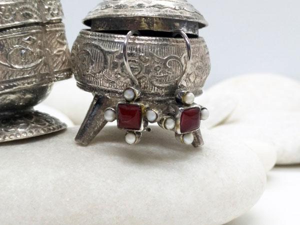 Pendientes etnicos de plata de ley con perlas y agata cornalina.. Foto 2