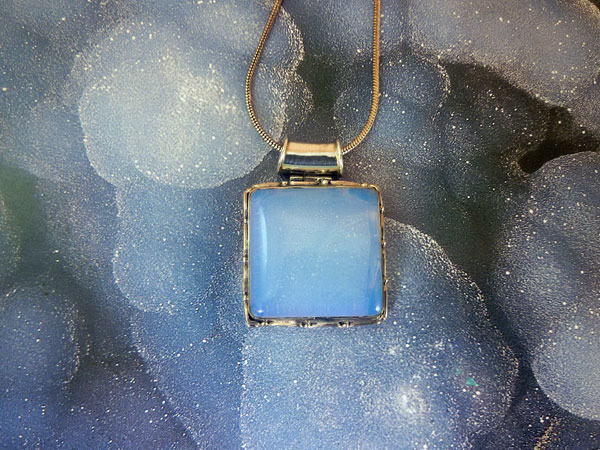 Agate Chalcedony and Sterling silver pendant.. Foto 1