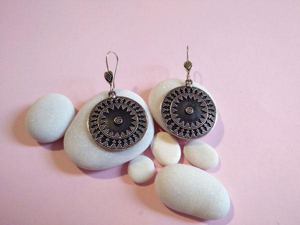 Ehnic Sterling silver earrings.. Foto 1