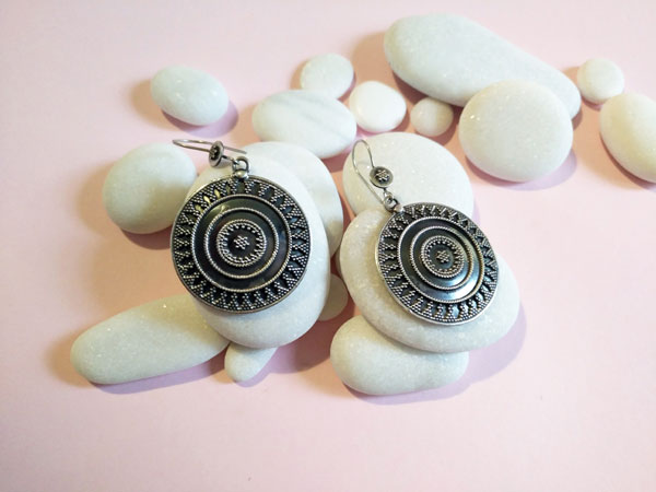 Sterling silver ethnic earrings.. Ref. TBG