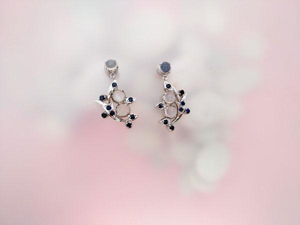 Elegant Elizabethan set of Sterling silver choker and earrings, Sapphires and Adularias gemstones.. Foto 3
