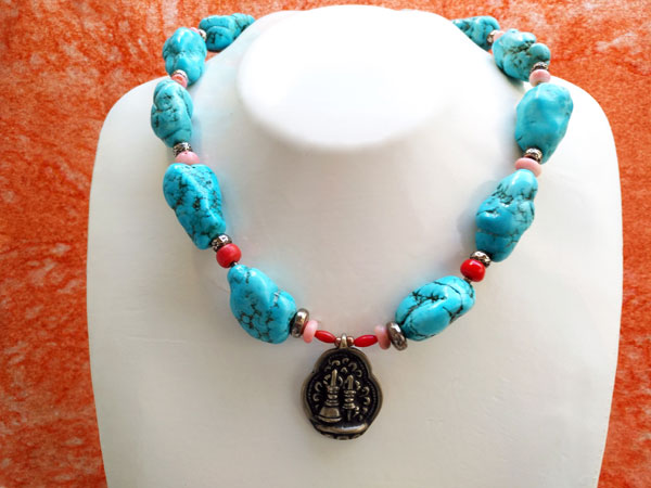 Ethnic tibetan necklace with Turquoises and Sterling silver.. Foto 2